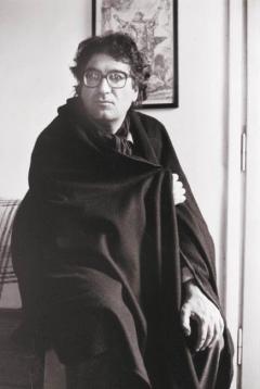 Roma 23 settembre 2010. Dario Bellezza, poeta e scrittore, ritratto nella sua abitazione a Roma. Foto: RINO BIANCHI